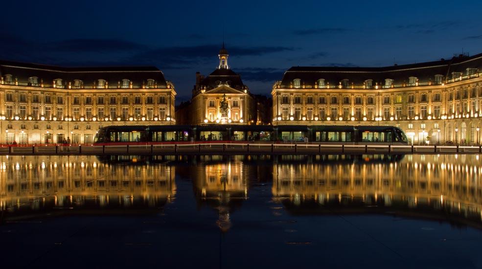 Activités de la région - Miroir d'eau de Bordeaux